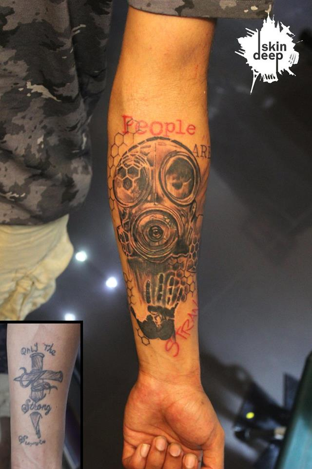Cover Up Tattoo – Gas Mask